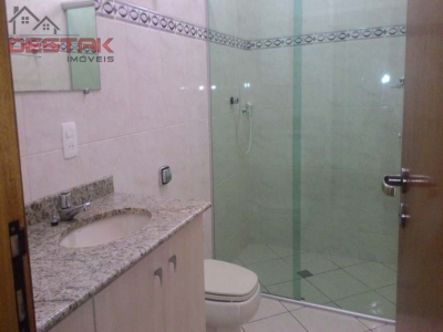 Casa / de 3 dormitórios à venda em Horto Santo Antonio, Jundiai - SP