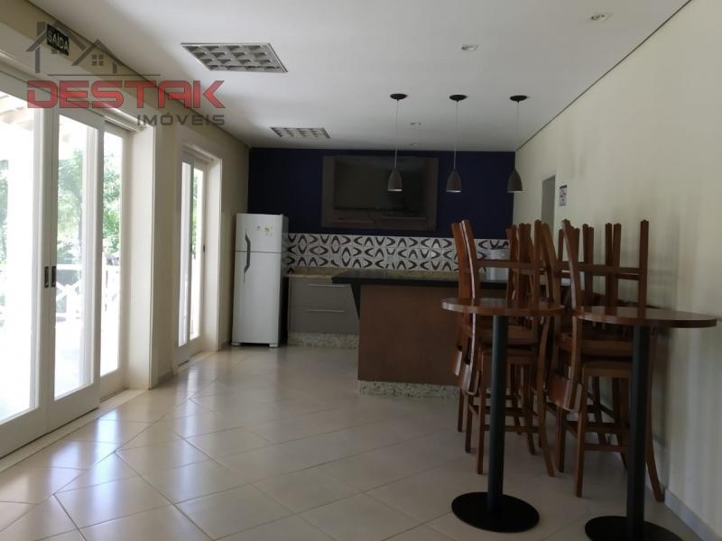 Casa / de 3 dormitórios à venda em Padre Sanches, Louveira - SP