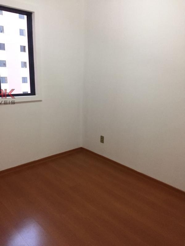 Apartamento / de 3 dormitórios em Vila Das Hortências, Jundiai - SP