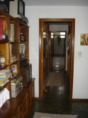 Casa / de 3 dormitórios em Chácara Malota, Jundiai - SP
