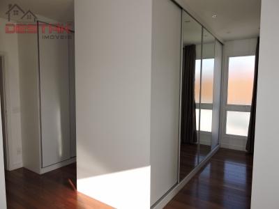 Casa / de 4 dormitórios em Anhangabaú, Jundiai - SP