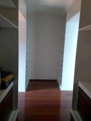 Casa / de 3 dormitórios à venda em Vila Della Piazza, Jundiai - SP