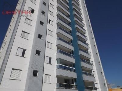 Apartamento / de 3 dormitórios em Chácara Urbana, Jundiai - SP