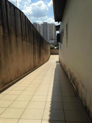 Casa / de 3 dormitórios à venda em Jardim Morumbi, Jundiai - SP