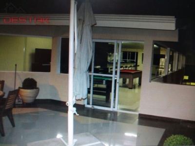 Casa / de 3 dormitórios à venda em Jardim Marambaia, Jundiai - SP