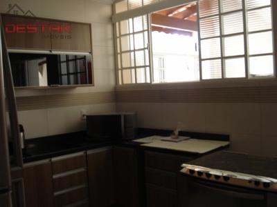 Casa / de 3 dormitórios à venda em Jardim Campos Elísios, Jundiai - SP