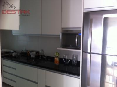 Apartamento / de 2 dormitórios à venda em Anhagabaú, Jundiai - SP