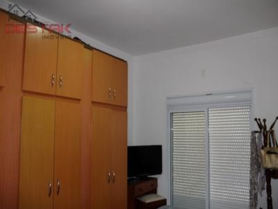 Casa / de 3 dormitórios em Pq Centenário, Jundiai - SP